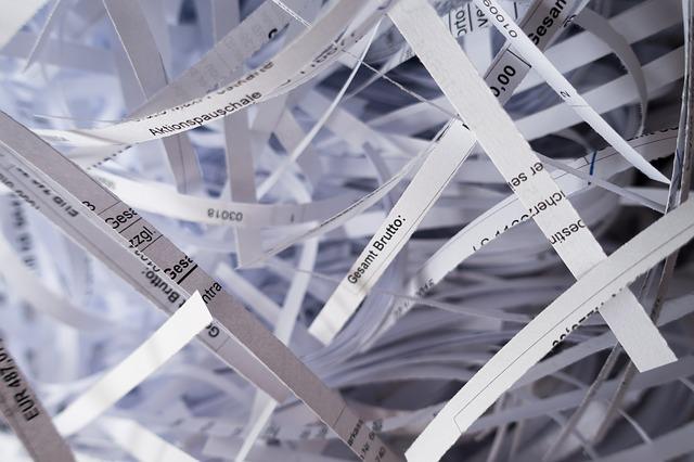 Megsemmisített iratból papírhulladék