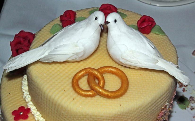 Tortadoboz esküvőre