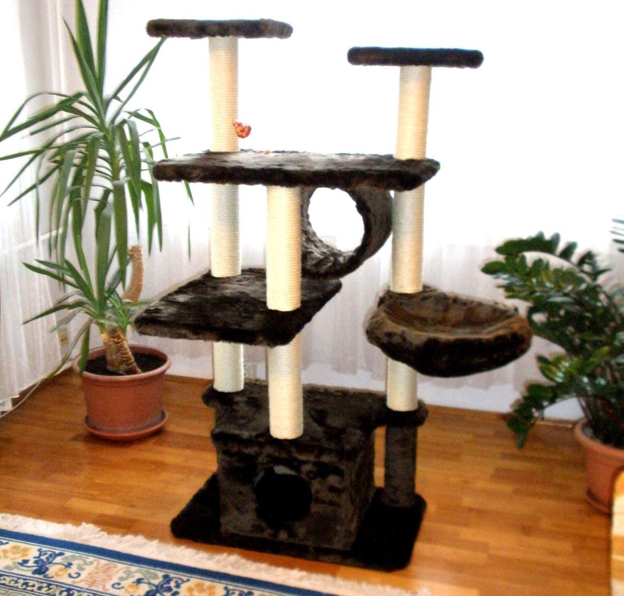 A macskabútor sok szempontból ideális a cicák számára!